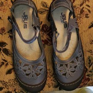 JBU slightly used sandals.